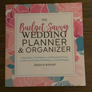 The Budget Savvy Wedding & Planner Organizer NEW